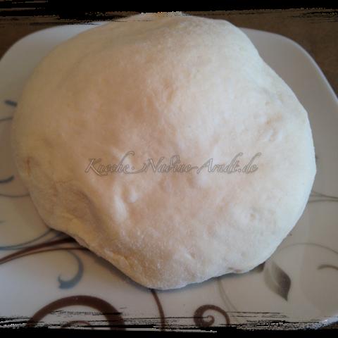 Hefeteig für Pizza – Grundrezept